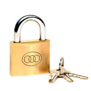 Tri-Circle 32mm Polished Brass with 3 keys