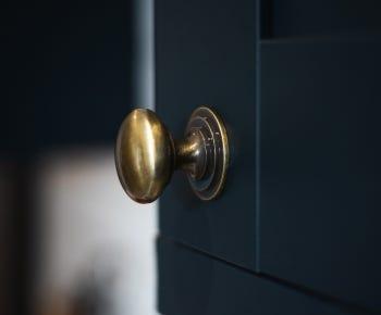 Brass cupboard handles category