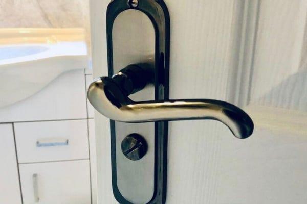 4 Tips to Choosing the Right Door Handles