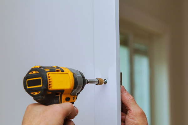 Short Guide to Changing Door Handles